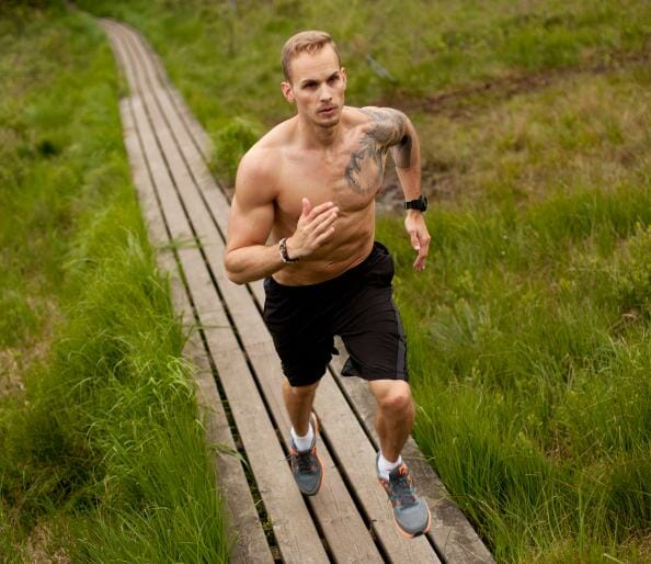 Ask Men's Fitness: Is Running Bad for Bulking Up?