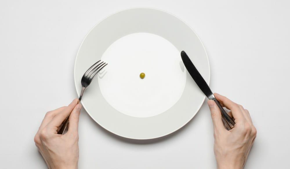 This simple mind trick can help you eat less throughout the day